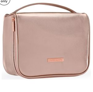 VINCE CAMUTO BEAUTIFUL BAG